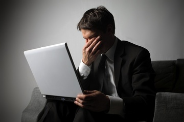sad-man-computer-111201